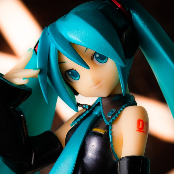 1/6 scale Hatsune Miku PVC figure by Volks (#1)