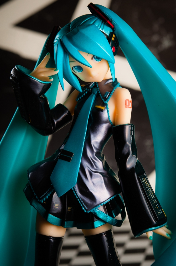 1/6 scale Hatsune Miku PVC figure by Volks (#2)