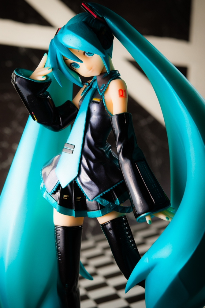 1/6 scale Hatsune Miku PVC figure by Volks (#8)