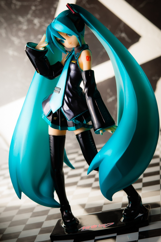 1/6 scale Hatsune Miku PVC figure by Volks (#10)