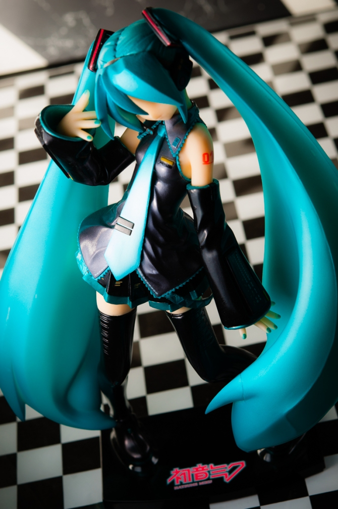 1/6 scale Hatsune Miku PVC figure by Volks (#11)
