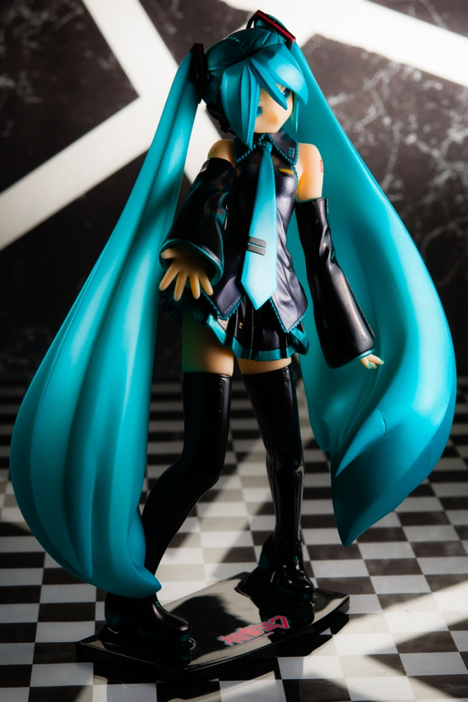 1/6 scale Hatsune Miku PVC figure by Volks (#16)